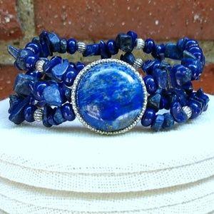 Jewelry - Blue stone with silver stretch bracelet
